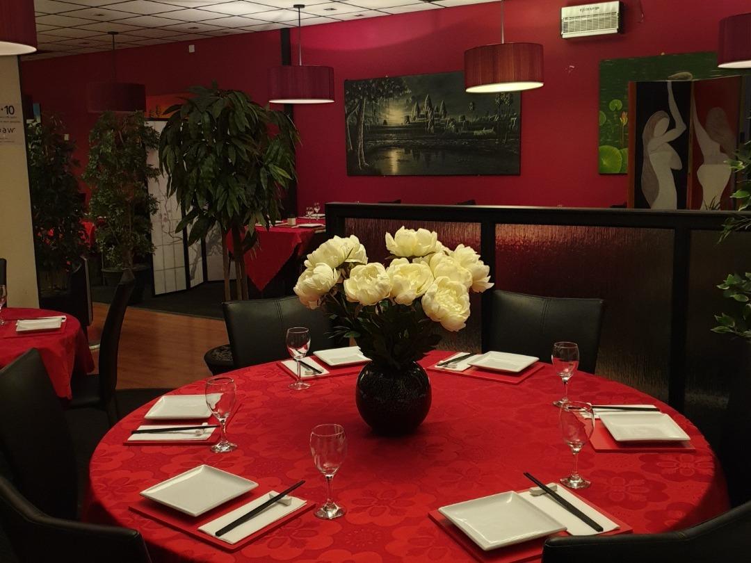 restaurant dine in